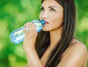 Как и сколько воды пить при похудении